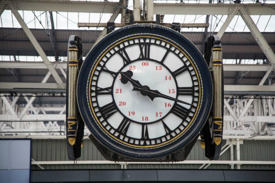 clocks  moving too fast man.jpg