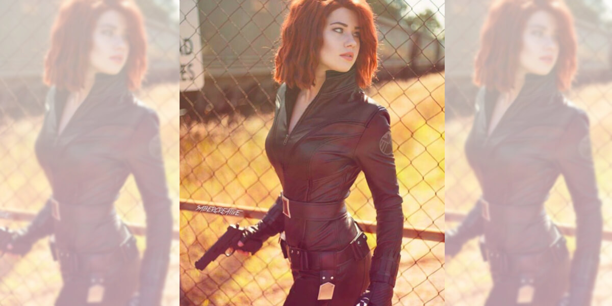 cosplay 15 blackw.jpg