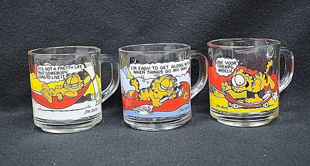 garfield glass coffee mugs.jpg