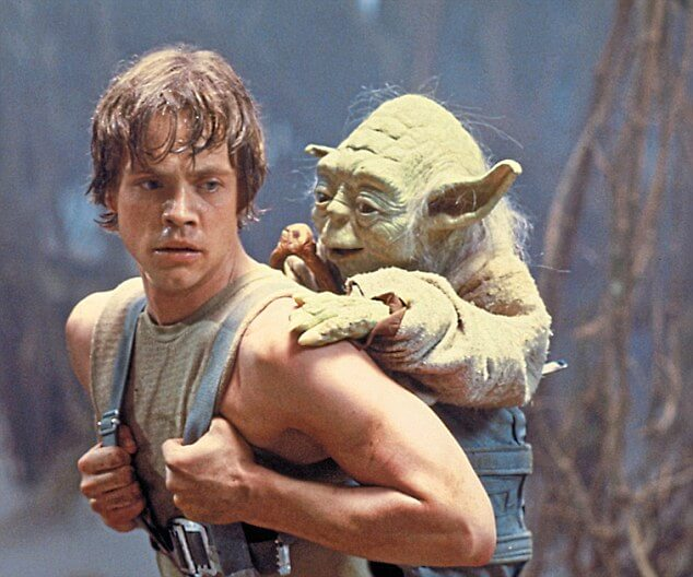 015-mark-hamill-a-young-skywalker-875593.jpg